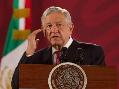 AMLO lee cartilla, otra vez, a superdelegados: